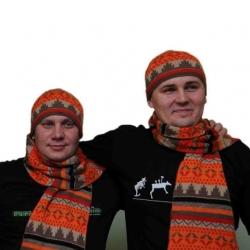 шарф и шапка из верблюжьей шерсти с рисунком